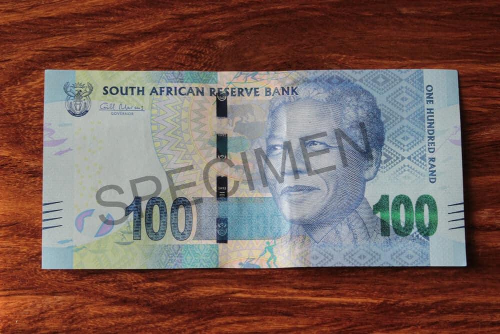 ZAR-100-rand-vorn-muster