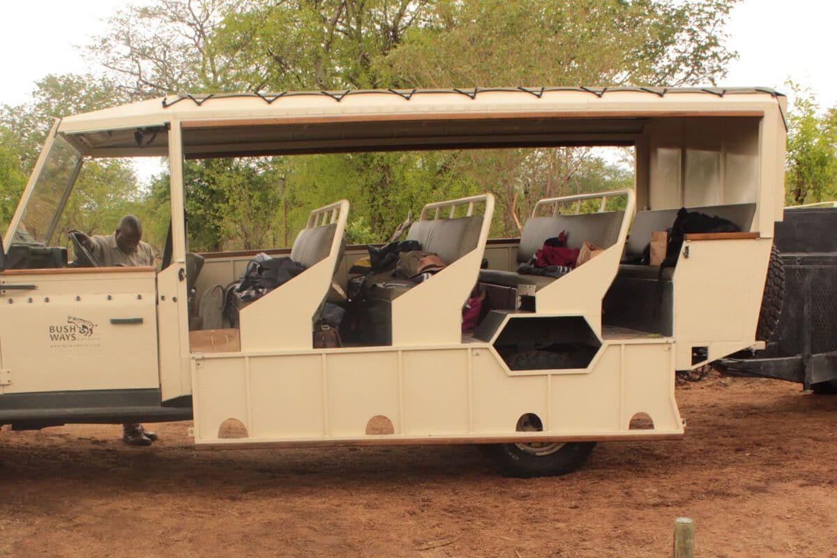 Mobile Camping Fahrzeug In Botswana