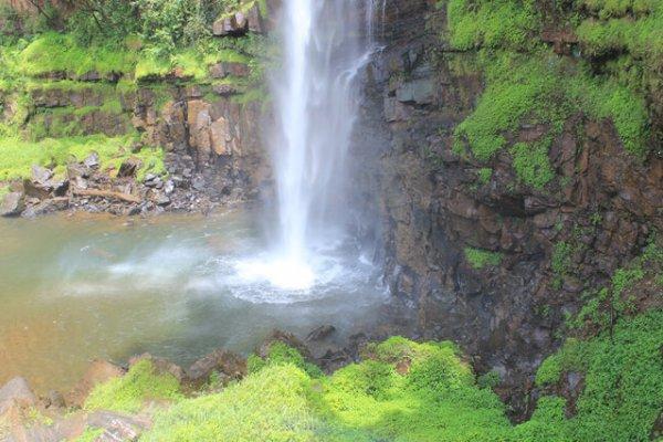 Suedafrika-panorama-route-lone-creek-wasserfall