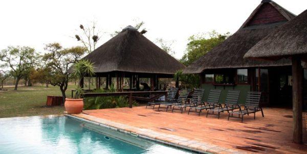 Blick auf die Nkhoro Bush Lodge
