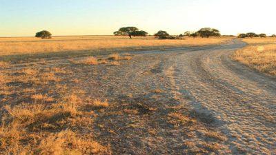 Kalahari & Salzpfannen
