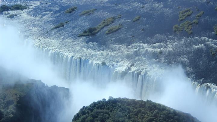 Victoria Falls & Chobe Safari