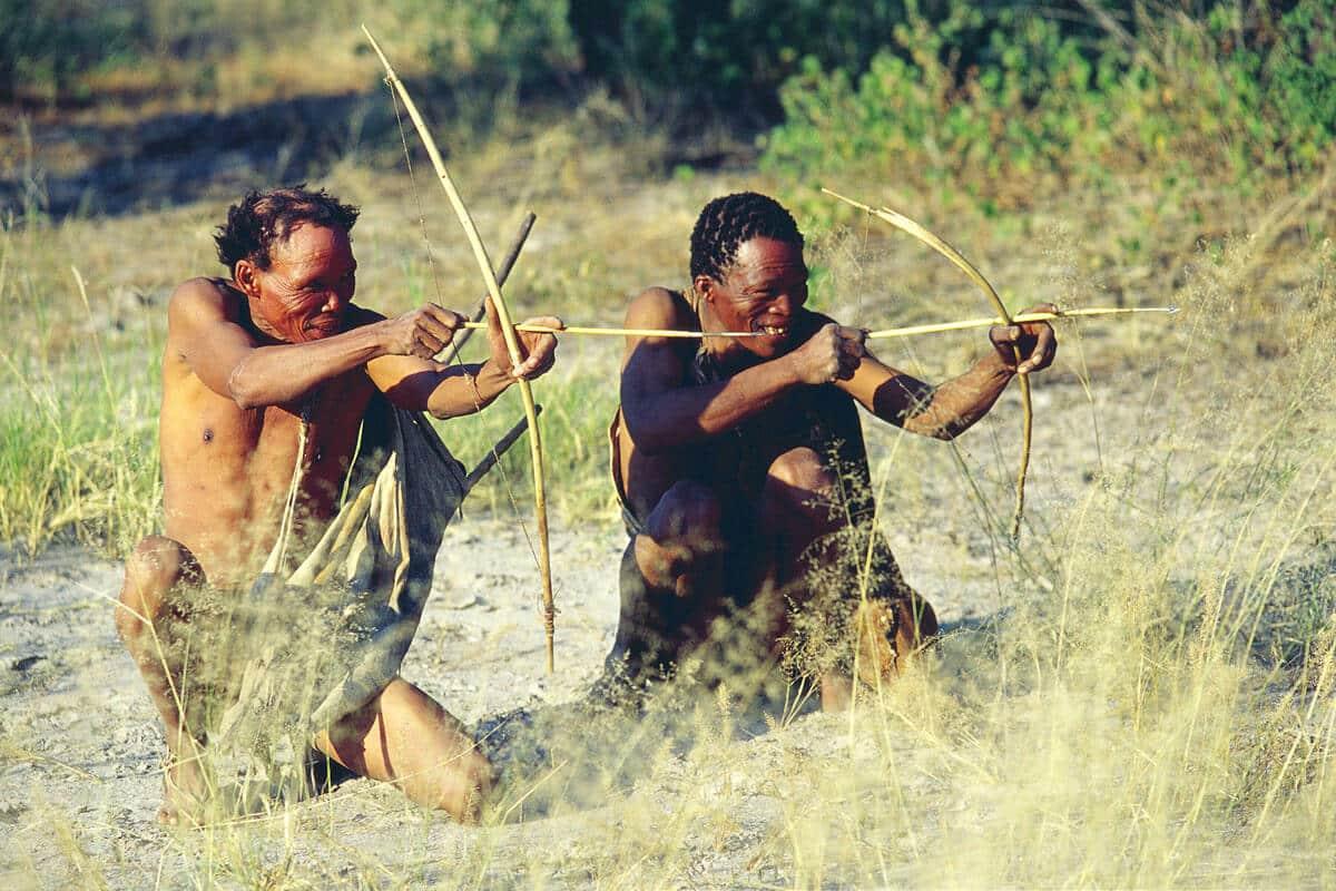 Botswana Kalahari San Auf Der Jagd