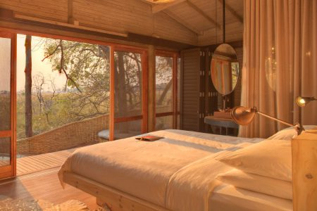 Botswana-moremi-game-reserve-sandibe-safari-lodge-zimmerblick