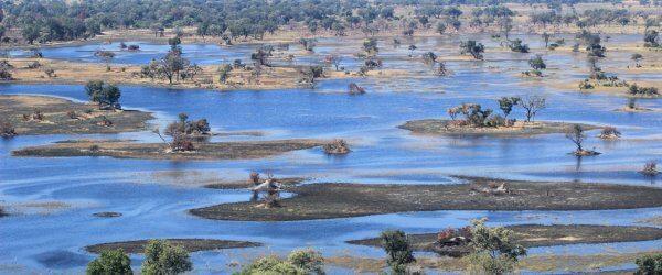 botswana-okavango-delta-von-oben-slider-header