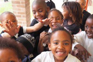 Kinder In Afrikanischer Schule