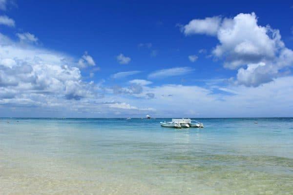 Mosambik Glasklares Wasser