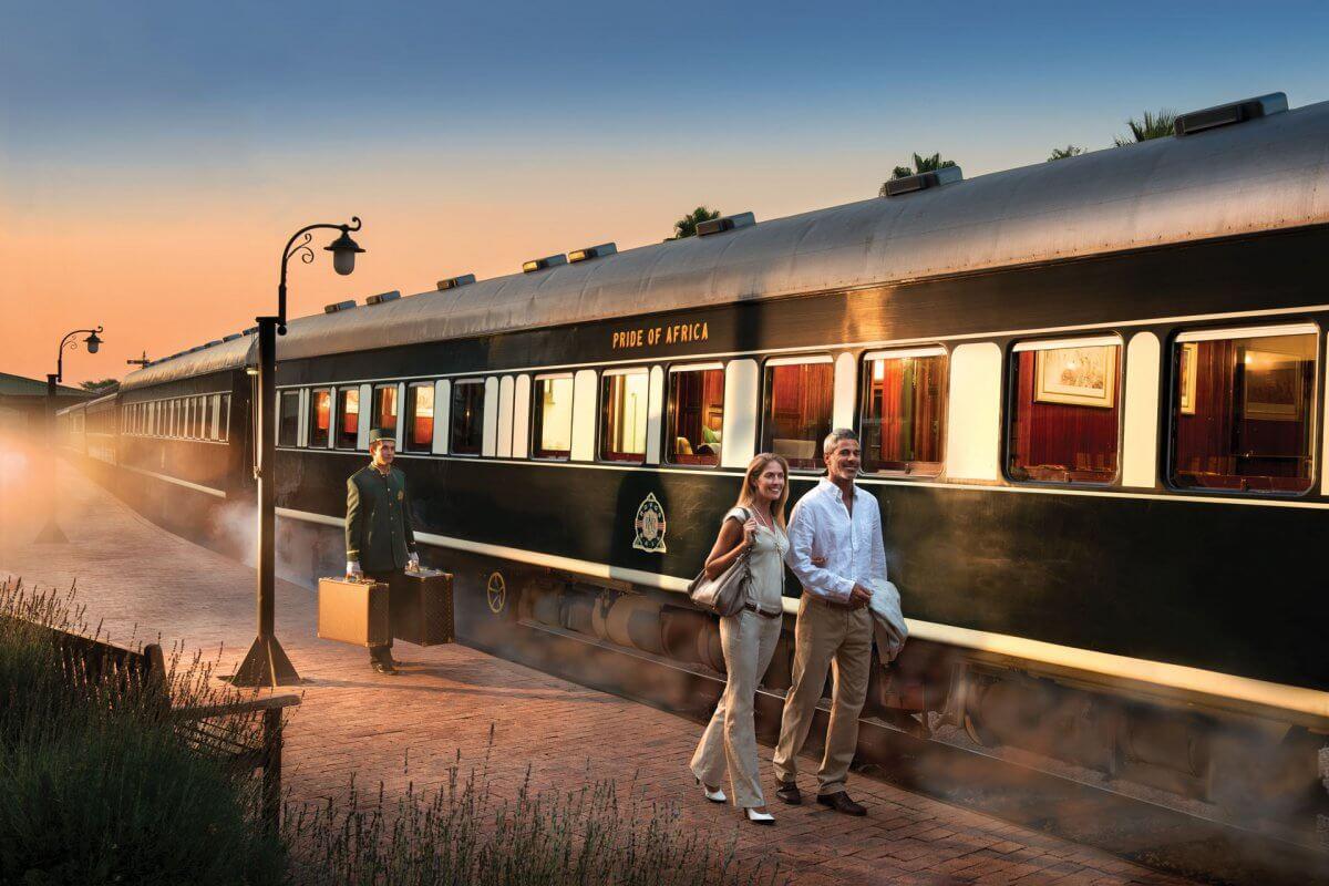 Rovos Rail Am Bahnsteig