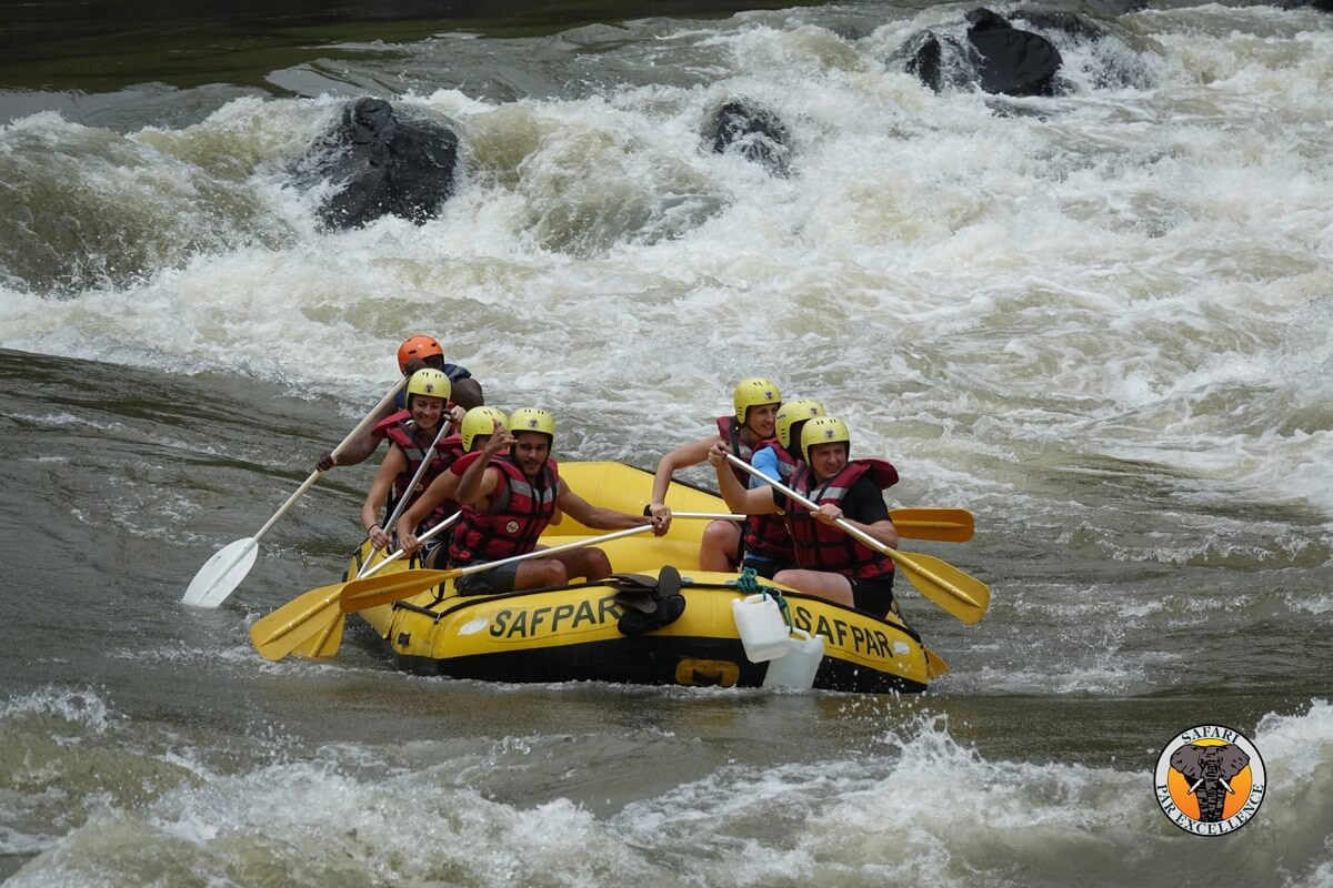 Rafting Boot An Den Victoria Falls