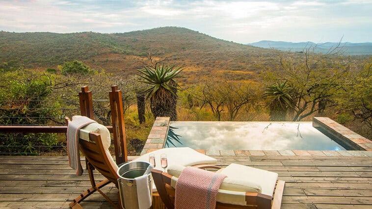 suedafrika-hluhluwe-imfolozi-national-park-rhino-ridge