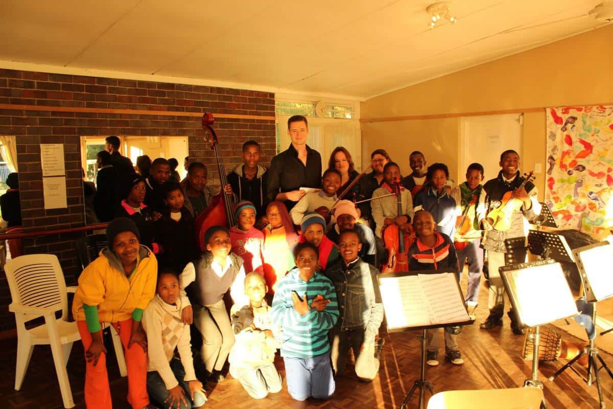 Suedafrika Hout Bay Jikeleza Tanz Projekt Spendenuebergabe