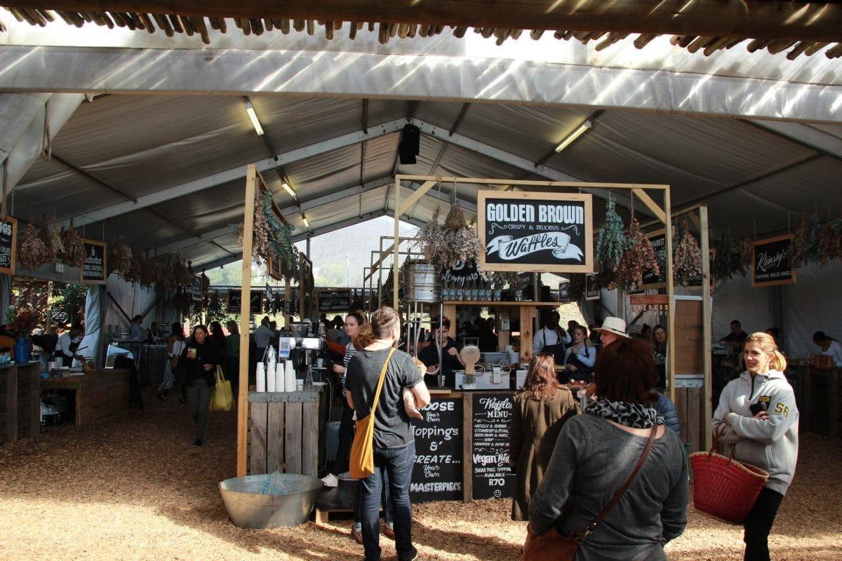 Oranjezicht City Farm Market Stände