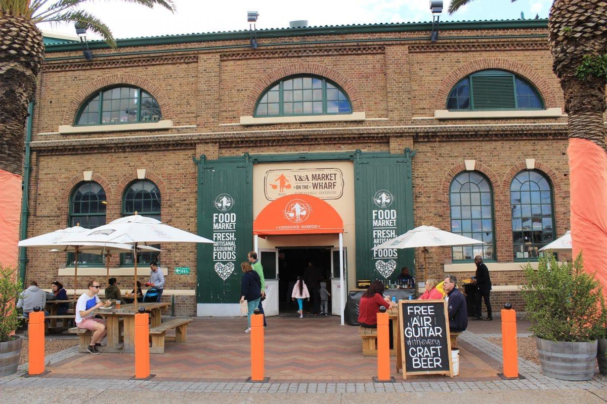 Waterfront Food Market Eingang