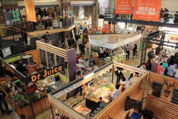 Waterfront Food Market Stände